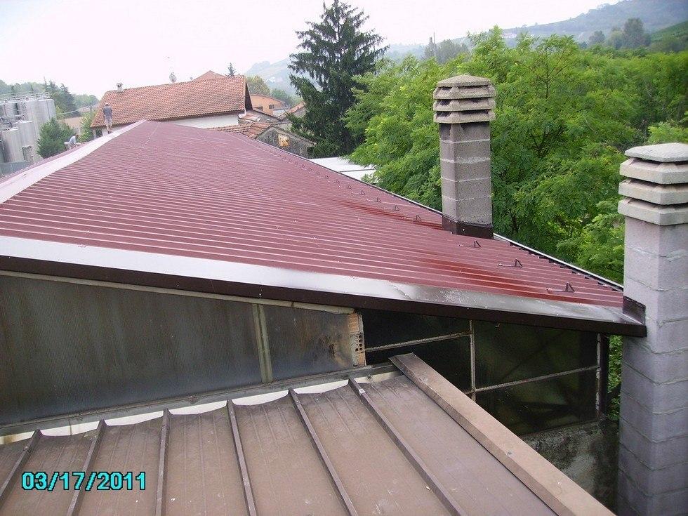 Posa pannelli coibentati tetto