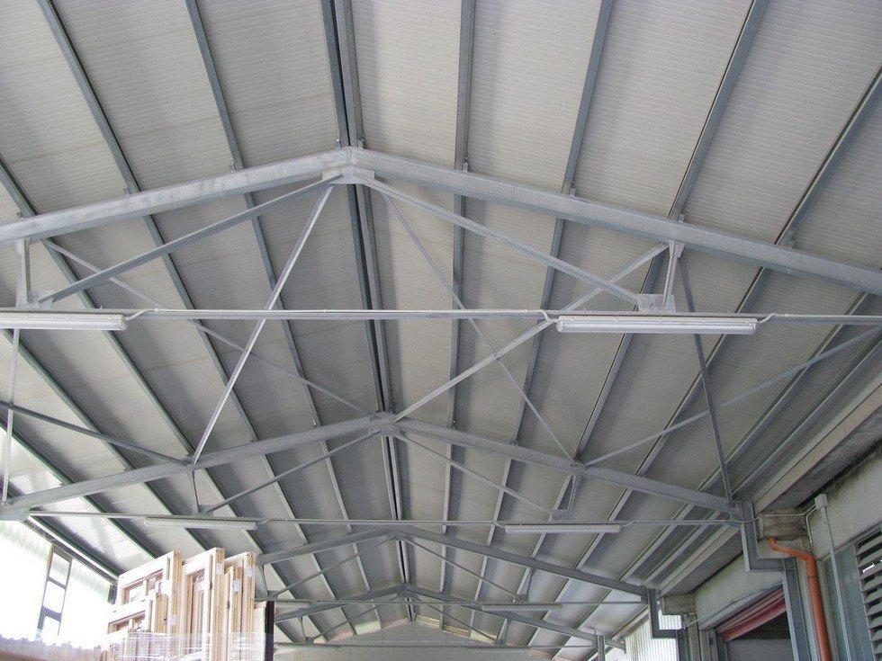 Realizzazione capannoni industriali e agricoli acqui terme for Come costruire un capannone moderno